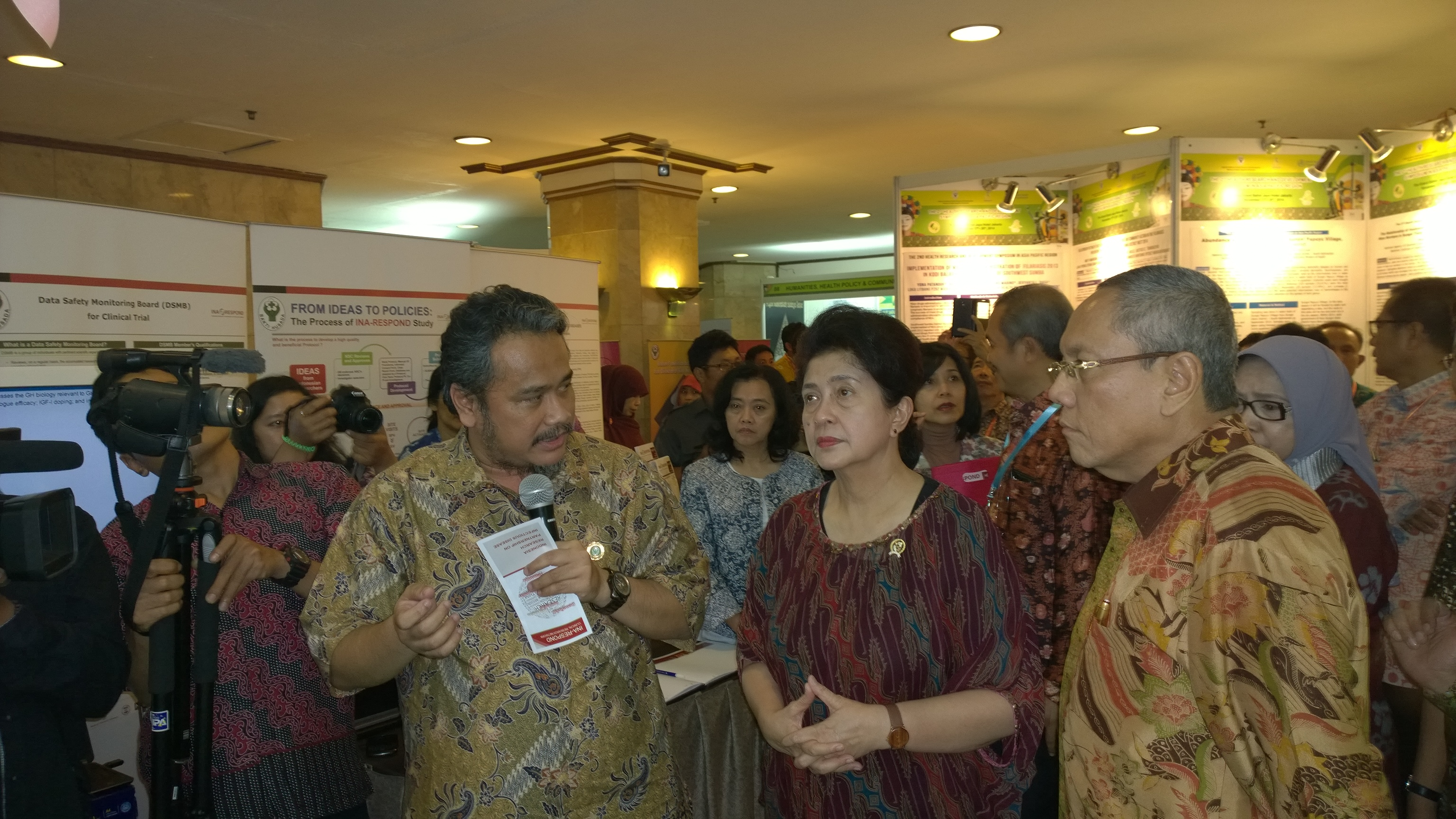 The 2nd Health Research and Development Symposium in Asia Pacific Region (Nov 2014)